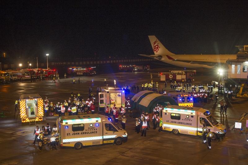 今年飛機事故及救援演習於去年落成的中場客運大樓進行。
