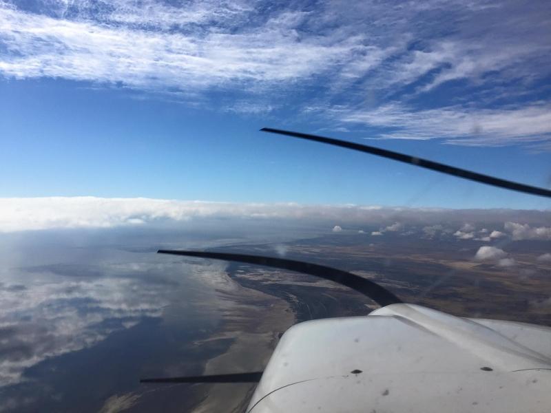 從機師位置俯瞰窗外景色。