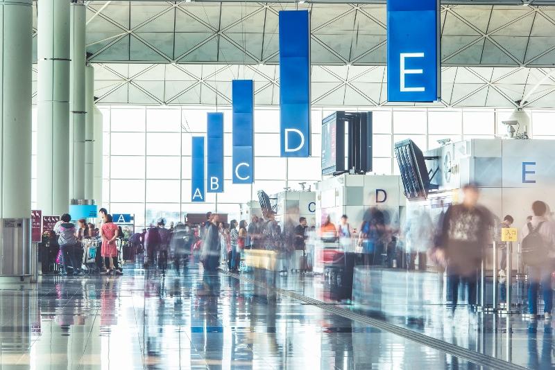 香港國際機場擁有龐大環球航空網絡,在海陸空全方位與內地建立更緊密連繫。